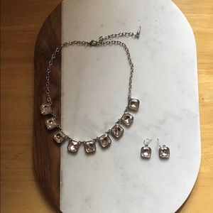 Chloe + Isabel Jewelry - Chloe + Isabel Retro Glam Necklace + Earring Set